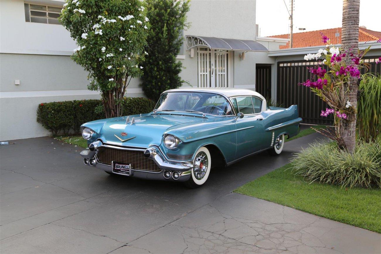 GM Cadillac Coupê De Ville
