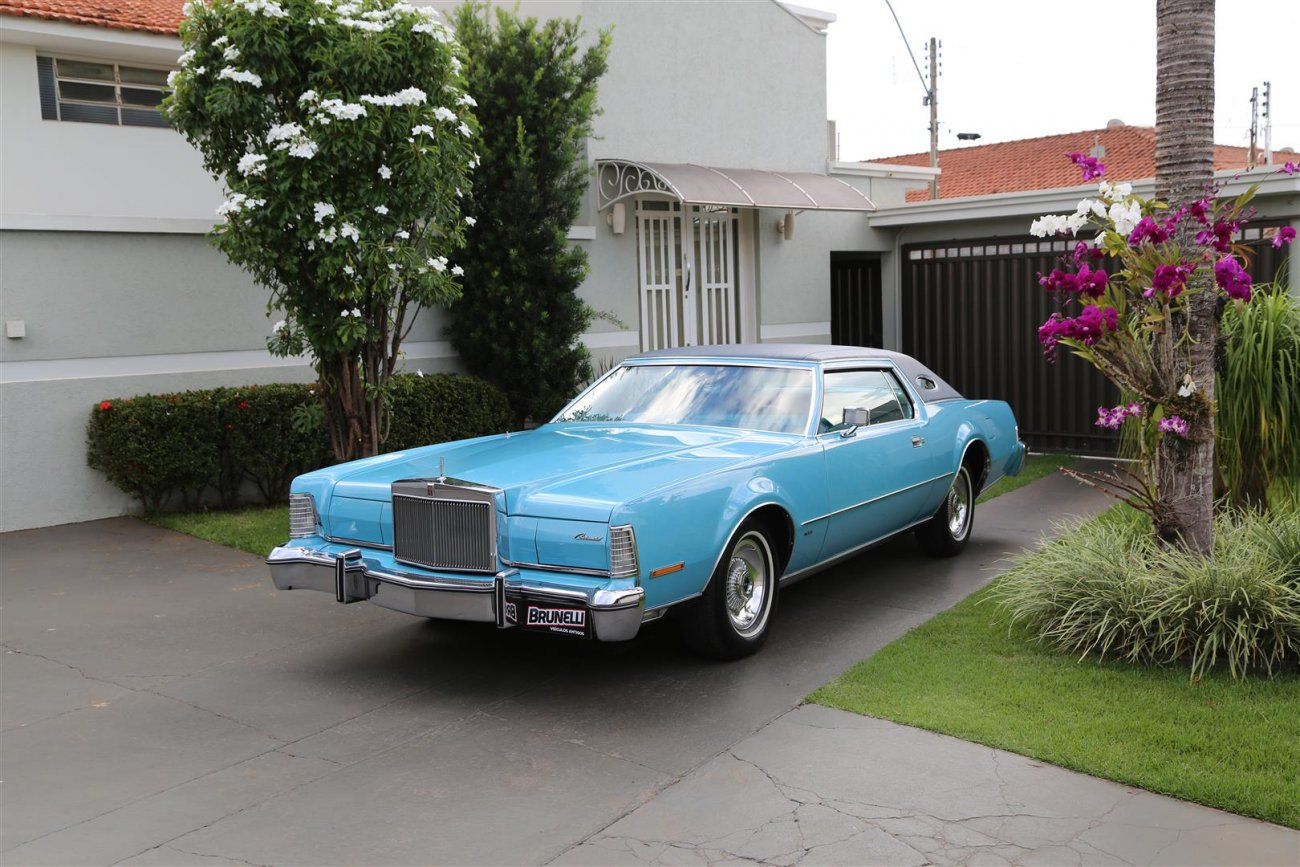 Ford Lincoln Continental Mark IV