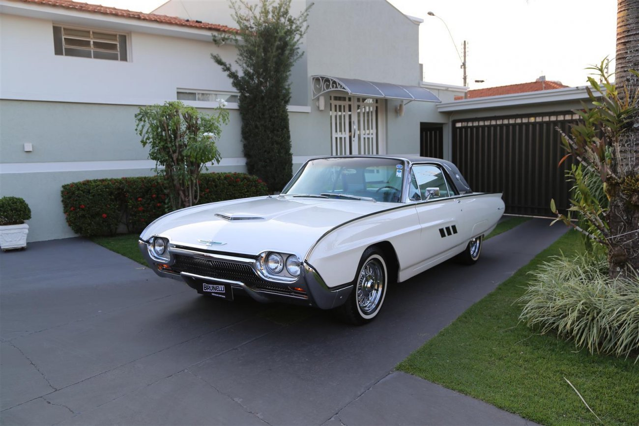 Ford Thunderbird Hardtop Limited Edition Landau