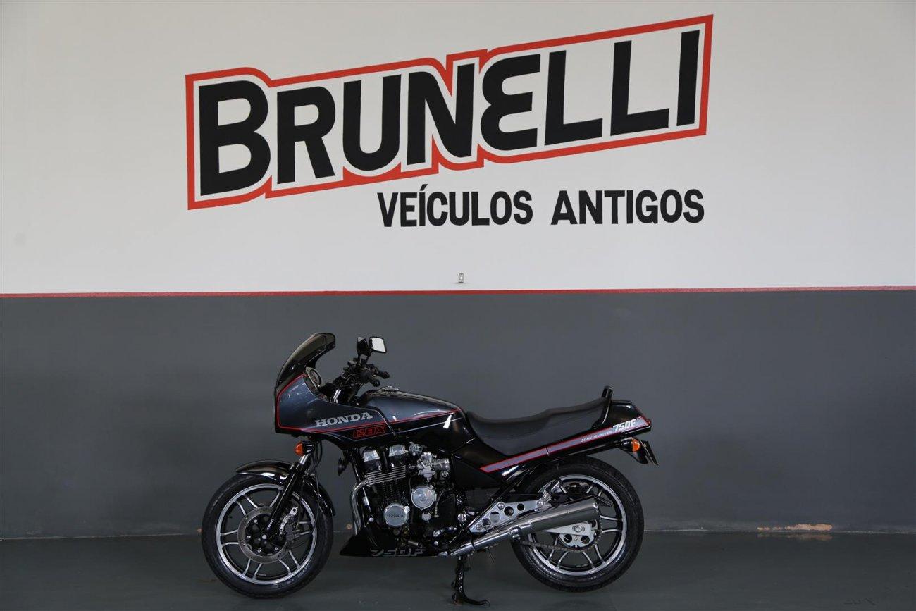 Moto Honda CBX 750
